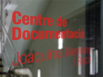 """Vinilos para el Centro de Documentación """"Joaquima Alemany y Roca"""""""